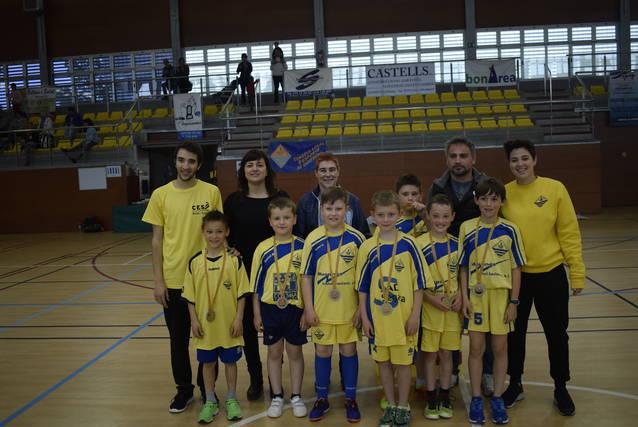 El benjamí masculí d'handbol de l'ACLE es proclama campió de Lleida