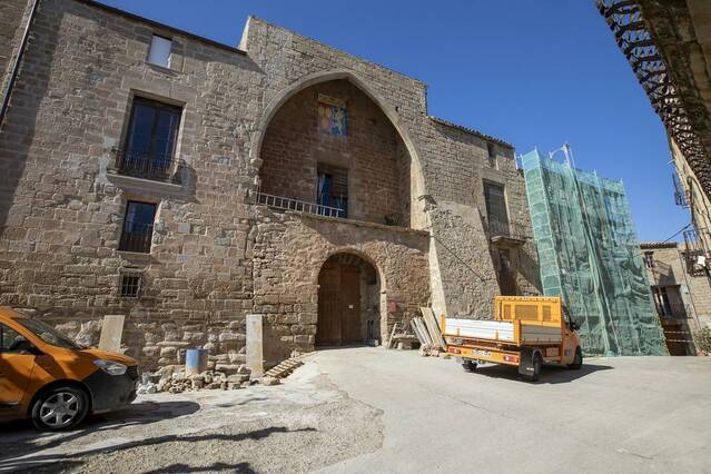 El castell de les Pallargues recupera la façana original