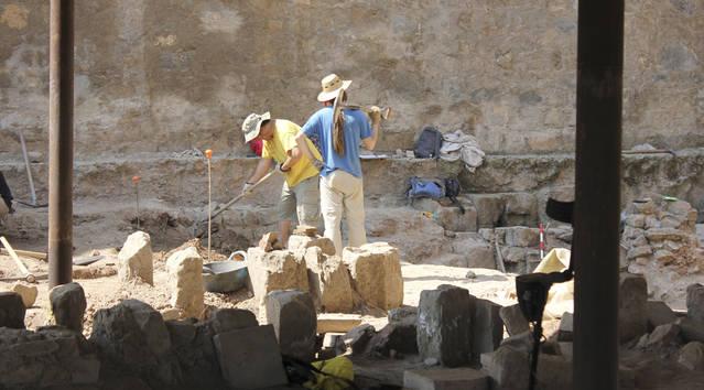 """Finalitza la dotzena edició del Curs d'Arqueologia """"Ciutat romana de Iesso"""" de Guissona"""