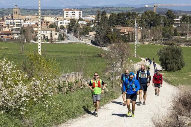 Els participants van afrontar un recorregut pels castells de la Segarra. X. SANTESMASSES