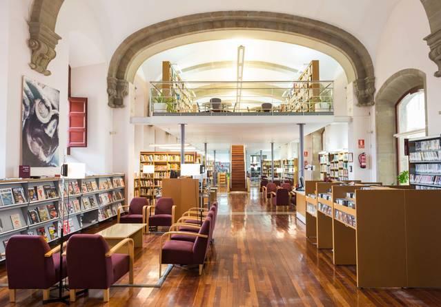 Manifest dels centres escolars de Cervera contra el tancament de la biblioteca durant l'estiu