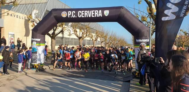 Més de 200 participants a la cursa 'Sant Tornem-hi!' de Guissona, que enguany ha variat l'itinerari