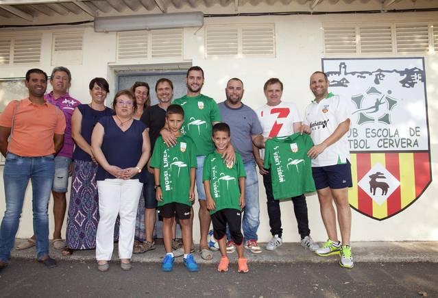 Mobel Línea entra com a patrocinador de l'Escola de Futbol Cervera, l'any del centenari