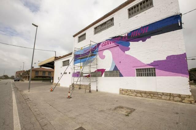 Mural d'homenatge a les dones a Sant Guim