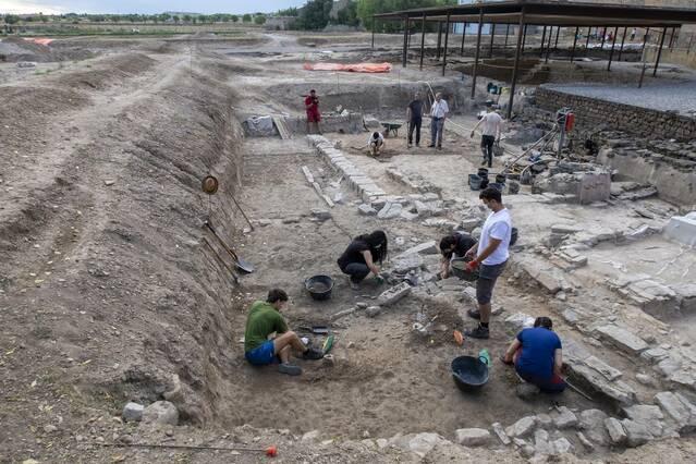 Nova campanya d'excavacions per estudiar l'urbanisme de la ciutat romana de Iesso
