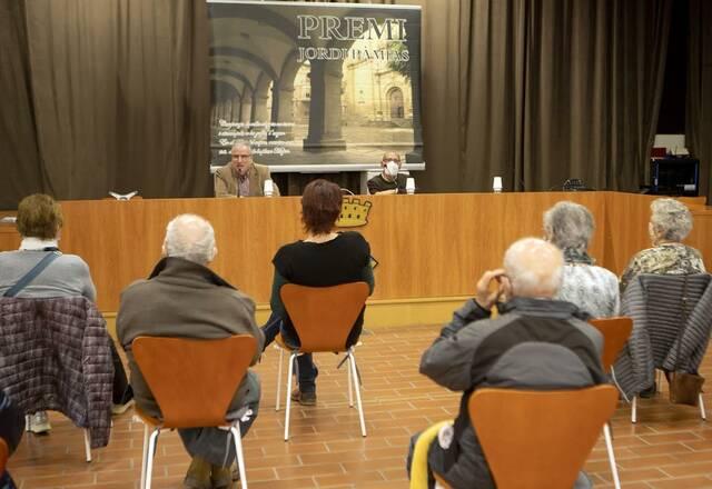 Presenten a Guissona l'obra guanyadora de l'11è premi de poesia Jordi Pàmias