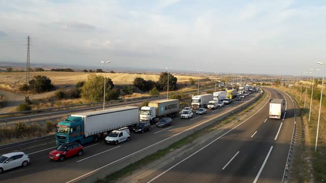 Un accident a Granyanella obliga a desviar el trànsit en direcció Lleida