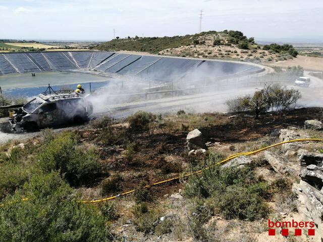 S'incendia una furgoneta a El Canós