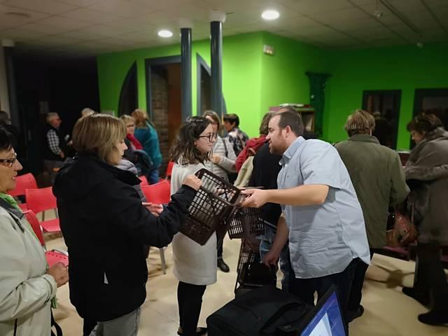 El Consell Comarcal de les Garrigues reparteix 7.000 cubells i 82.500 bosses compostables per a la brossa orgànica