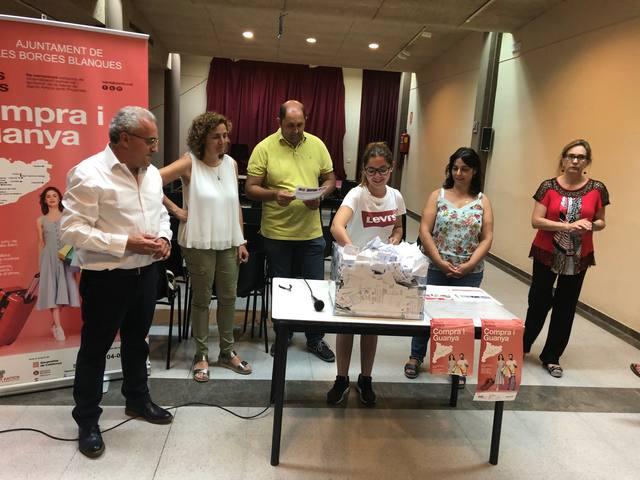 """Escollits els 31 guanyadors del sorteig de la 9a campanya """"Barris antics: compra i guanya"""" de Les Borges"""