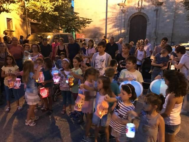 Juneda celebra per primer cop la tradicional Baixada de Fanalets de Sant Jaume