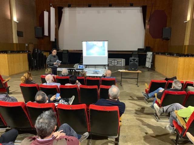 L'alcalde de Castelldans explica als veïns les actuacions previstes per enguany