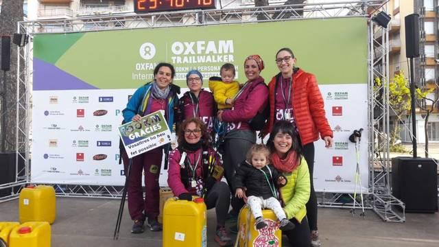 Les Atenea's West aconsegueixen un reconeixement d'Oxfam Intermón a la Trailwalker Girona 2019