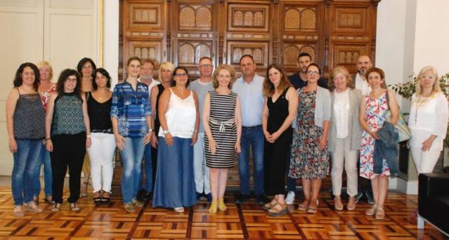 Les Borges i Juneda participen en la reunió amb la consellera de Cultura per aconseguir el seu suport a la Xarxa de Barris Antics