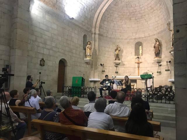 L'església de Sant Joan Baptista de Vinaixa ha acollit el concert de Belstrings Duo