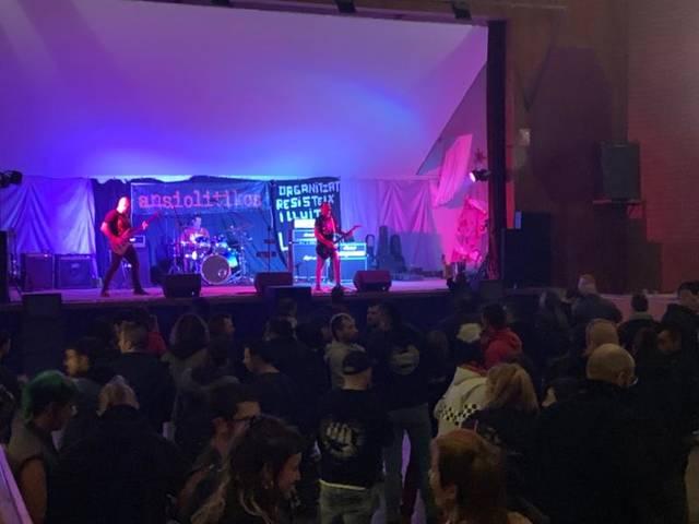 """Més de 300 persones, a la primera edició del """"Satèl·lit rock"""""""