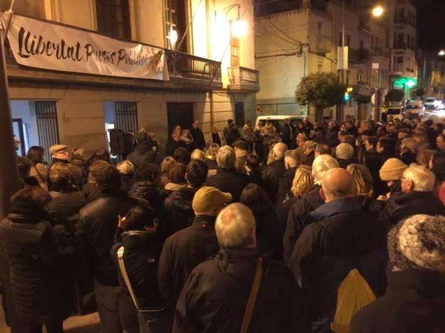 Veïns de les Borges reclamen de nou l'alliberament dels presos polítics