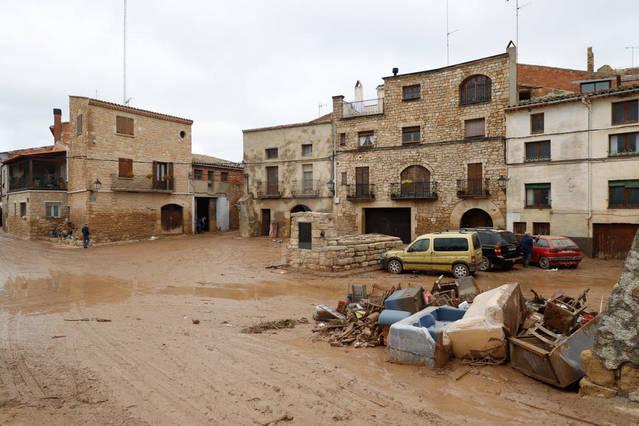 Vint-i-cinc pobles, encara sense aigua potable una setmana després de les inundacions