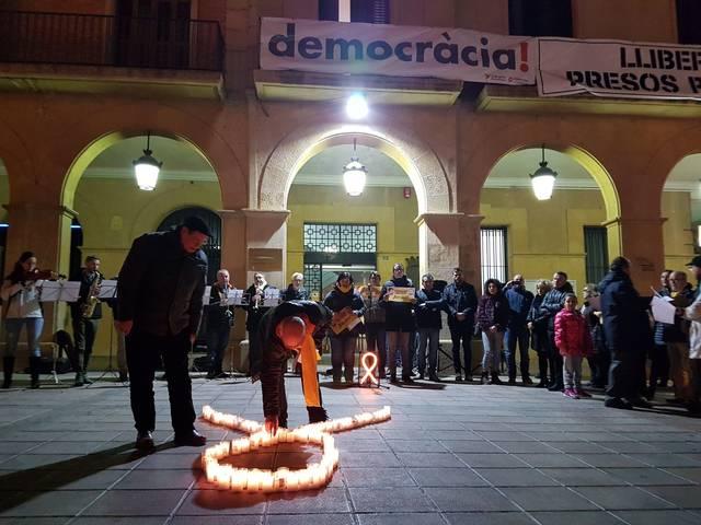 Concentracions davant dels ajuntaments per exigir l'alliberament dels Jordis quan fa 3 mesos del seu empresonament
