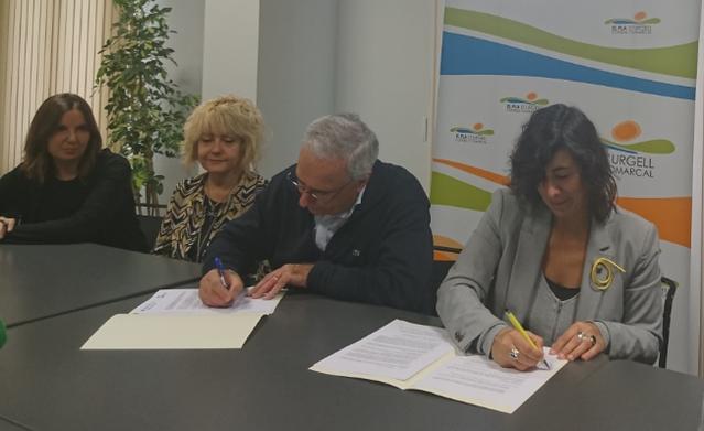 El Consell Comarcal i el Departament de Treball signen un acord per impulsar un nou servei que garanteixi  els drets de les persones LGBTI