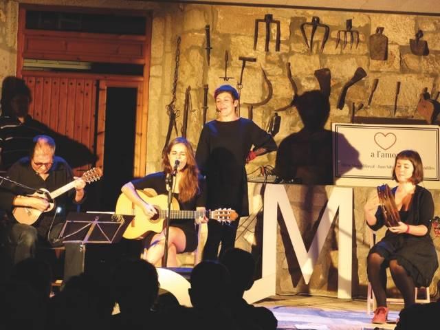 El festival Cua d'estiu de Fondarella es clou amb 500 espectadors i atorga el premi del públic a l'espectacle 'Amor. Arrels, branques i fulles'
