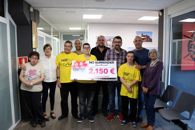 El No Surrender entrega més de 2.000€ a l'ACUDAM