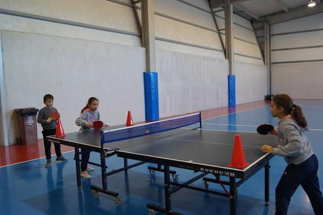 Els tennis taula torna a les escoles de Mollerussa