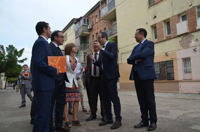 Generalitat i consistori obren el procés per a desallotjar 14 pisos del Grup Sant Isidori per garantir la seguretat