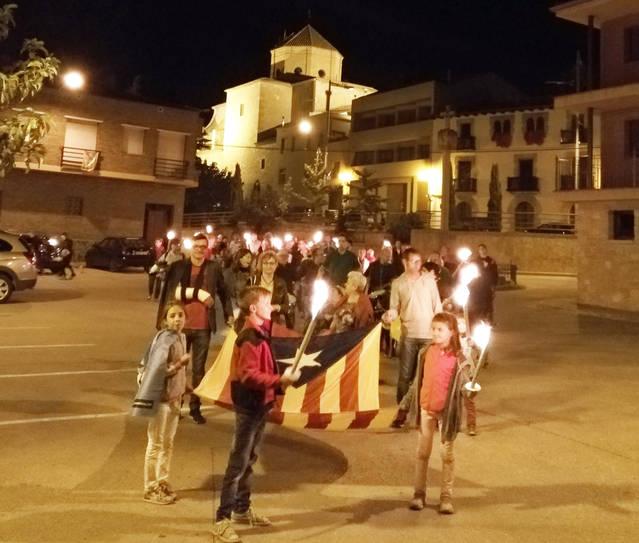 Golmés celebra la V Marxa de Torxes per la Indepèndència amb L'Ateneu Golmesenc