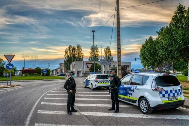 La Policia Local de Mollerussa controla que tothom compleixi la normativa de sortir a fer esport