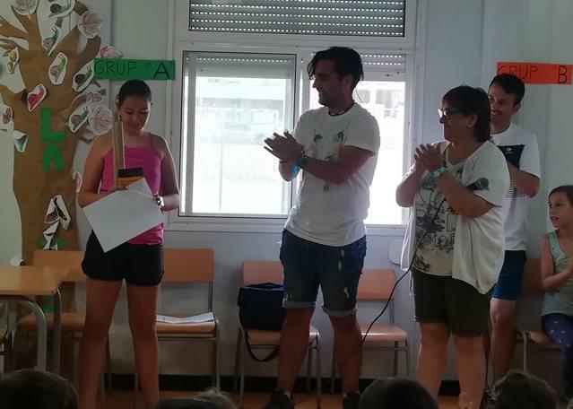 Laia Alsina de l'escola Les Arrels guanya el 1r Premi del Concurs de Narrativa Bastonera a Primària de Catalunya
