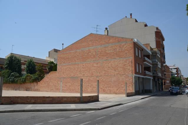 L'Ajuntament Mollerussa habilita una trentena de noves places d'aparcament