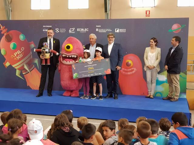 L'escola Marinada de Vilanova de Bellpuig guanya el 5è concurs Apilo XII de recollida de piles