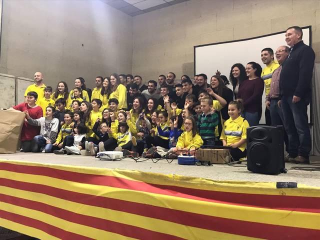 Més de 200 persones participen a l'acte d'homenatge al CP Vila-sana