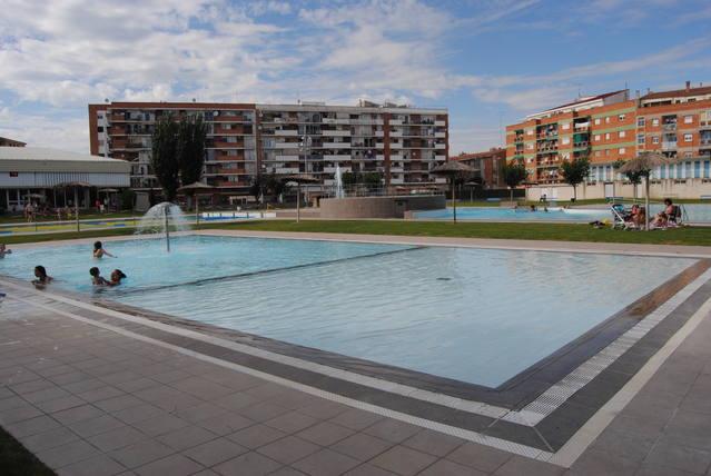 Les piscines de Mollerussa disposaran d'un elevador per a banyistes amb mobilitat reduïda