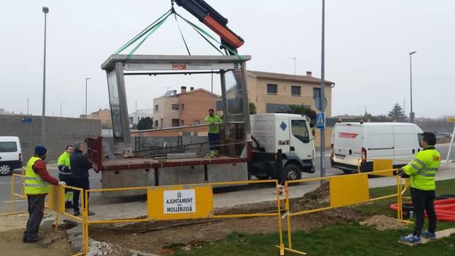 Mollerussa estrenarà marquesina a la segona parada de l'estació d'autobusos a la carretera de Torregrossa