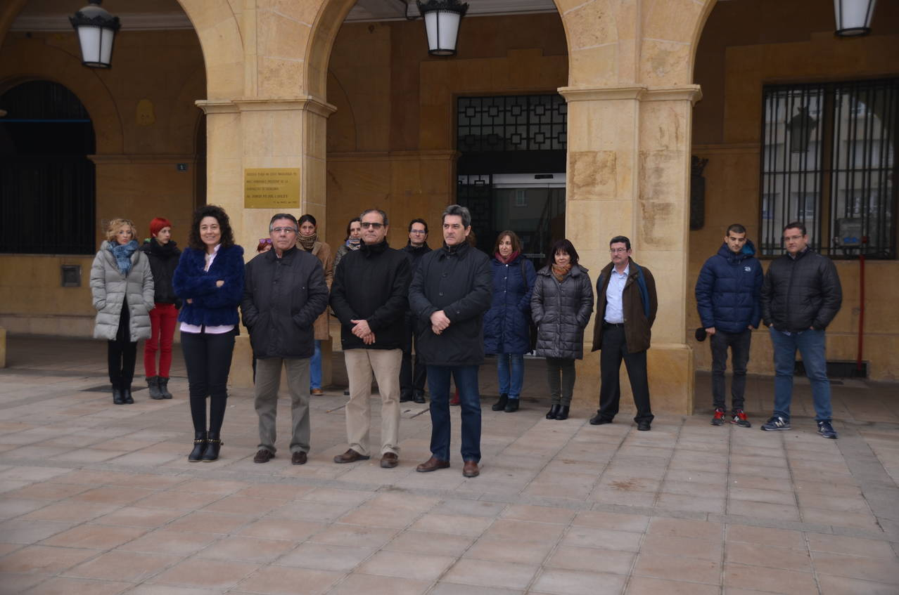 Mollerussa se suma al condol per les víctimes dels fets ocorreguts a Berlín i Ankara