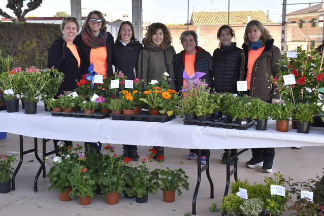 Sidamon celebra el seu 'Vermut entre Flors'