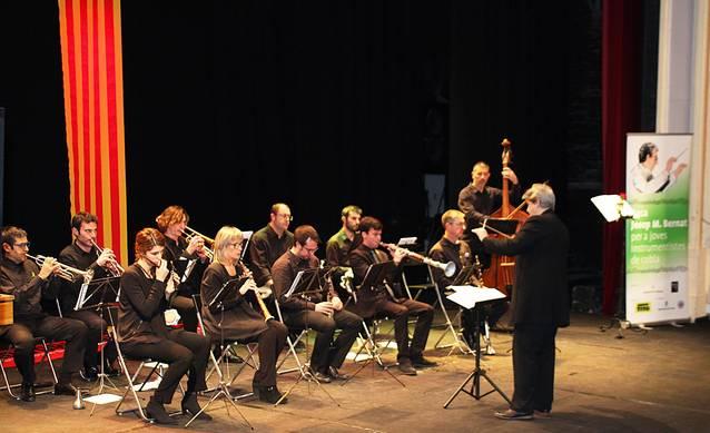 Bellpuig acull el Concert de Reis i lliura la XXV Beca Josep Maria Bernat per a Joves Músics de Cobla