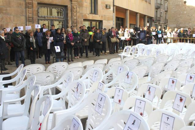 Concentració de rebuig a Tàrrega contra la xacra de la violència masclista en el marc del 25N