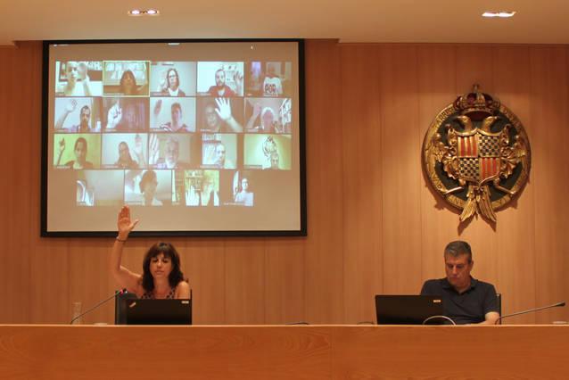 El Ple de Tàrrega aprova per unanimitat una modificació de pressupost per finançar la millora de la piscina coberta