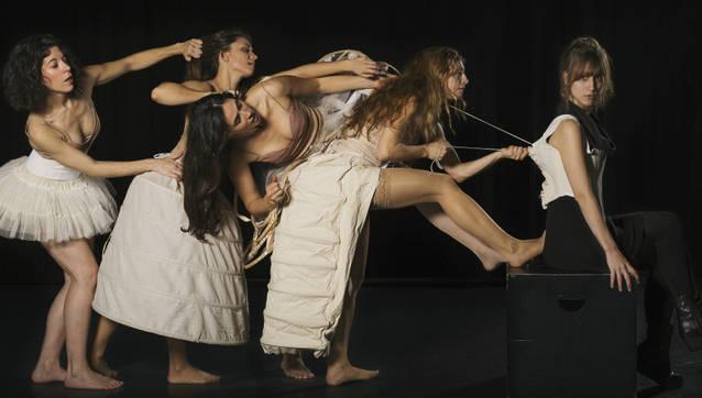 L'Ateneu de Tàrrega acull dissabte l'espectacle 'Barbes de balena', un al·legat en favor de la igualtat de gènere