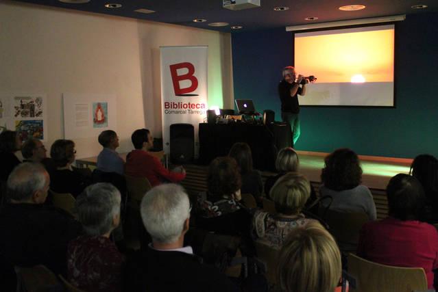 La Biblioteca Comarcal de Tàrrega commemora el seu 24è aniversari amb un espectacle de Lluís Fortuny