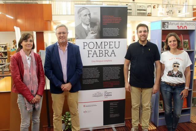 La Biblioteca Comarcal de Tàrrega exhibeix una mostra sobre la vida i l'obra del lingüista Pompeu Fabra