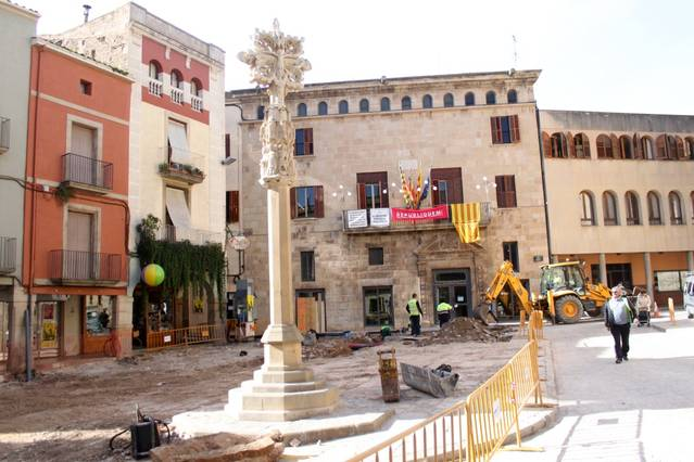 La CUP de Tàrrega reclamarà la realització d'una audiència pública sobre la creu de la plaça Major