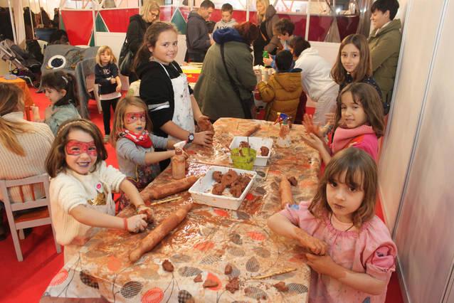 La Fira d'Artistes i Activitats Tradicionals de Tàrrega renova l'èxit de públic