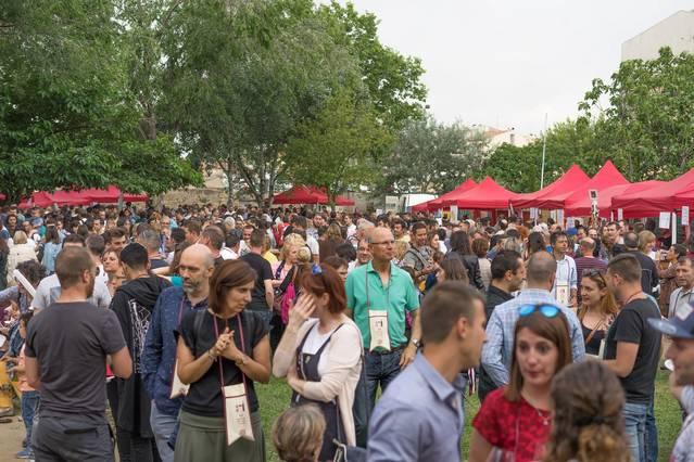 La Mostra DVins d'Agramunt continua creixent i reuneix a milers de visitants
