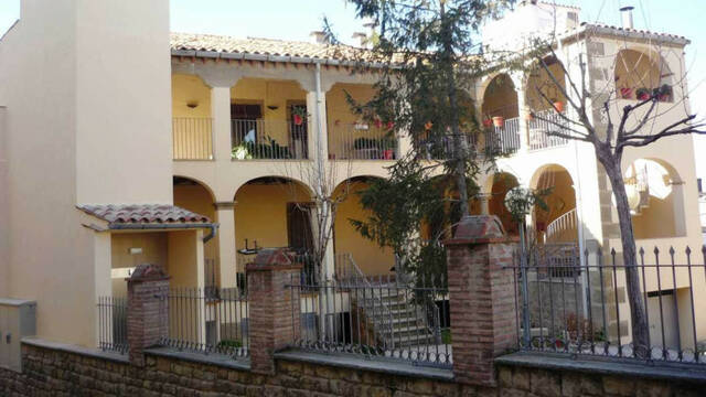 La residència Mas Vell d'Agramunt busca set auxiliars de geriatria
