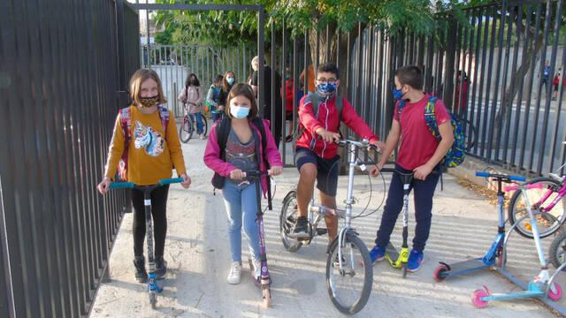 L'escola Àngel Guimerà celebra el Dia Sense Cotxes