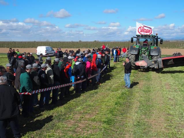 Més de 200 professionals participen en una demostració de maquinària a La Fuliola